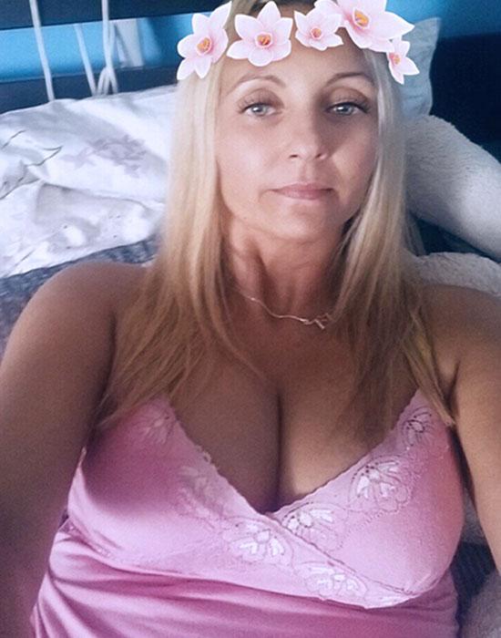 Celeste (37 ans, Chateauroux)