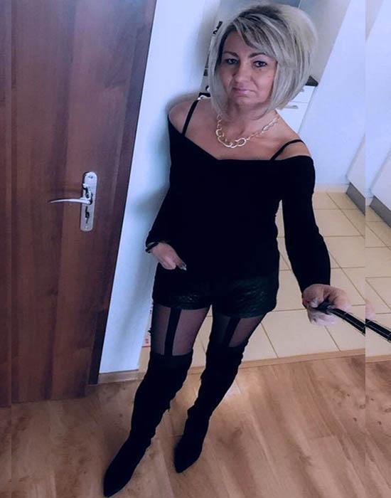 Katie, 55 ans (Orléans)